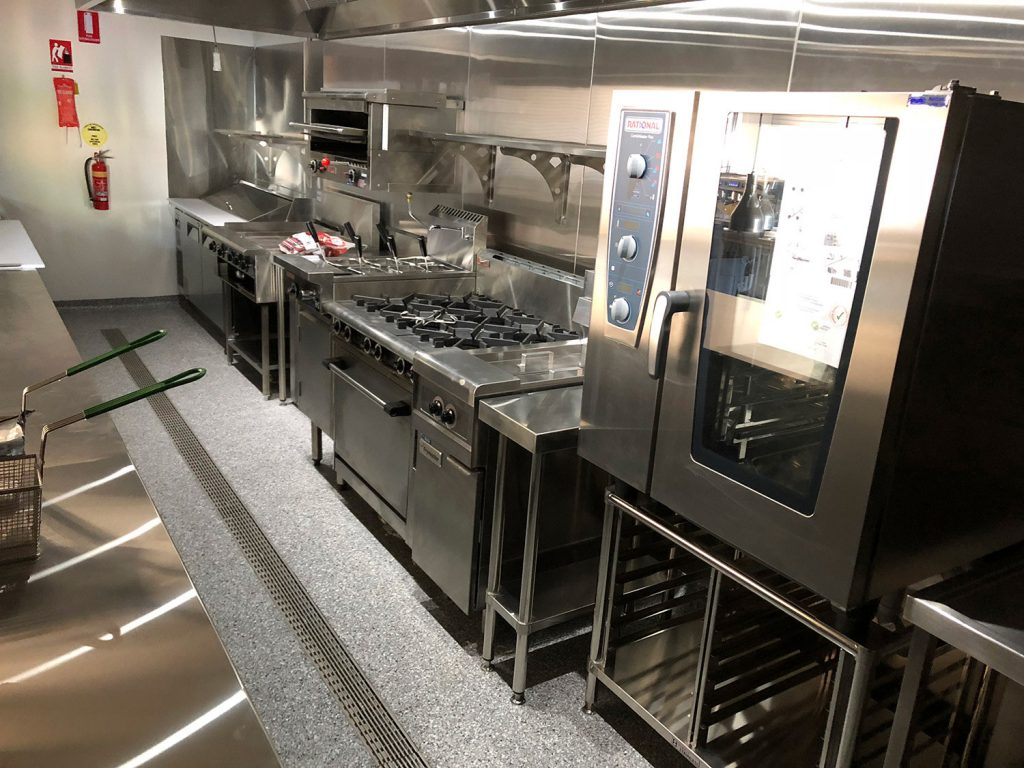 Full-Commercial-Kitchen-Fit-Off